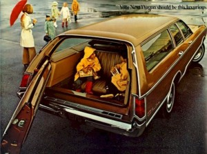 1970_Chrysler_TownCountry