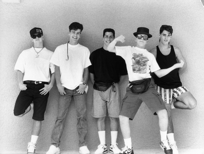Photo of NEW KIDS ON THE BLOCK and Jordan KNIGHT and Joey McINTYRE and Jonathan KNIGHT and Donnie WAHLBERG and Danny WOOD